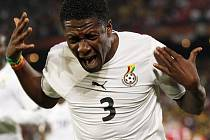 Gyan Asamoah rozhodl proměněnou penaltou o výhře Ghany nad Srbskem.