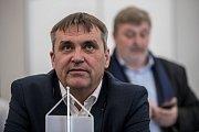 Sledování výsledků parlamentních voleb ve štábu ANO, 21. října v Praze. Petr Vokřál