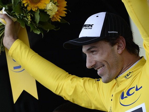 Fabian Cancellara ve žlutém trikotu