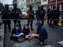 Policie zasahovala kvůli údajné bombe 24. května v centru Klinika na pražském Žižkově.