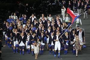 Čeští sportovci při slavnostním zahájení olympijských her v Londýně