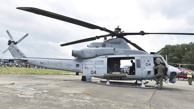 Americký víceúčelový vrtulník UH-1Y Venom zvaný Yankee