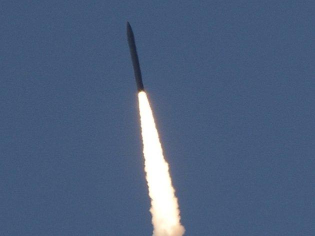 Američané ohlásili úspěšný test obranné rakety země-vzduch, kterou vypustili ze základny Vandenberg v Kalifornii.