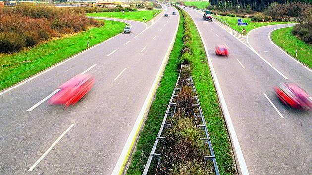 Na podzim se v Německu zprovozní poslední dálniční úsek, který spojí část navazující na dálnici D5 od Prahy a Plzně s Norimberkem.