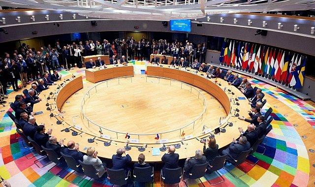 Ministři zahraničí EU schválili dohodu o stálé strukturované spolupráci