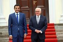 Katarský emír Tamím ibn Hamad Al Sání s německým prezidentem Frank-Walterem Steinmeierem.