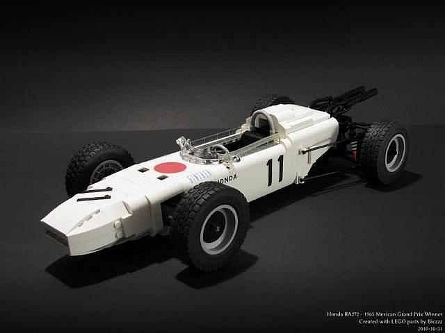 Věrný model Hondy z roku 1965