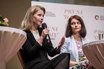 Debata partnerek kandidátů na prezidenta proběhla 5. ledna v Praze. Zleva Michaela Hořejší-Horáčková a Monika Hilšerová.