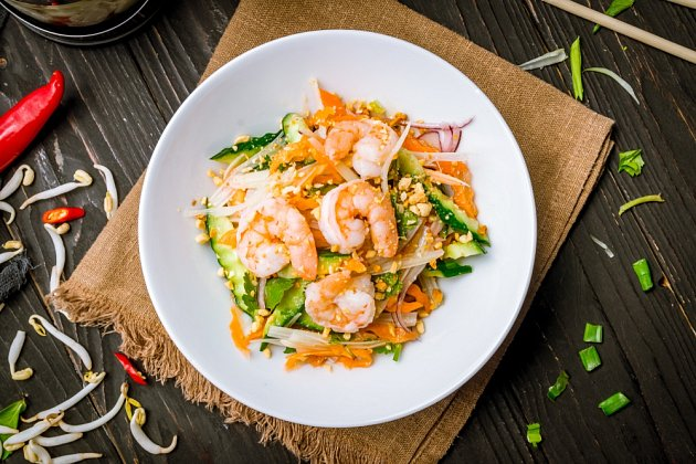 Vietnamský krevetový salát