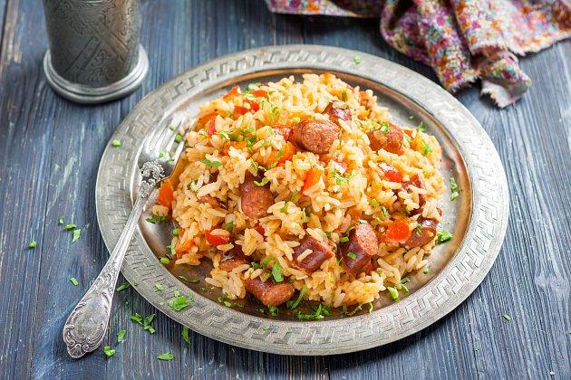 Rýže sčabajskou klobásou