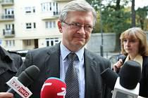 Ruský velvyslanec ve Varšavě Sergej Andrejev couvl od svého pátečního výroku, že Polsko spoluzavinilo 2. světovou válku, který pronesl v rozhovoru pro polskou televizi TVN24.