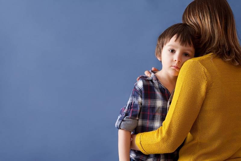 Dítě by srodiči mělo komunikovat s úctou, přitom by však nemělo zapomínat na úctu k sobě samému
