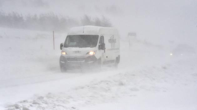 Sněhová kalamita. Ilustrační snímek