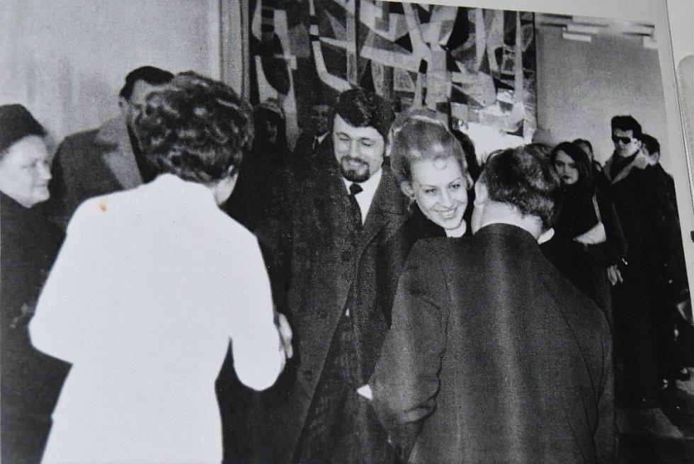 Manželům Fatorovým svědčila na svatbě Věra Čáslavská