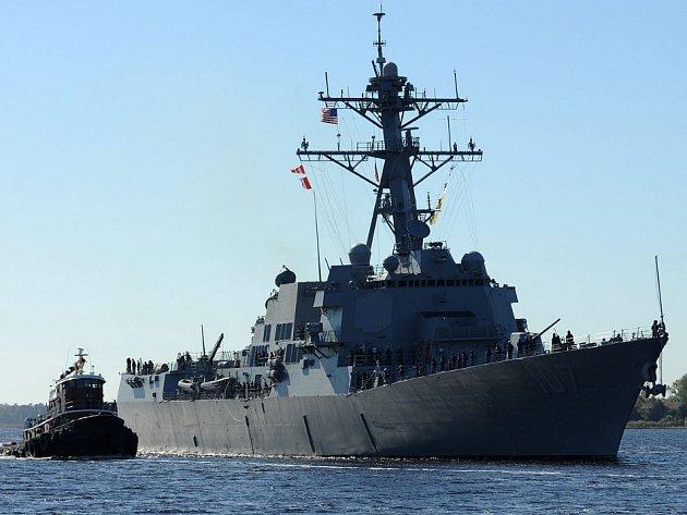 Americký torpédoborec USS Gravely. Ilustrační foto.