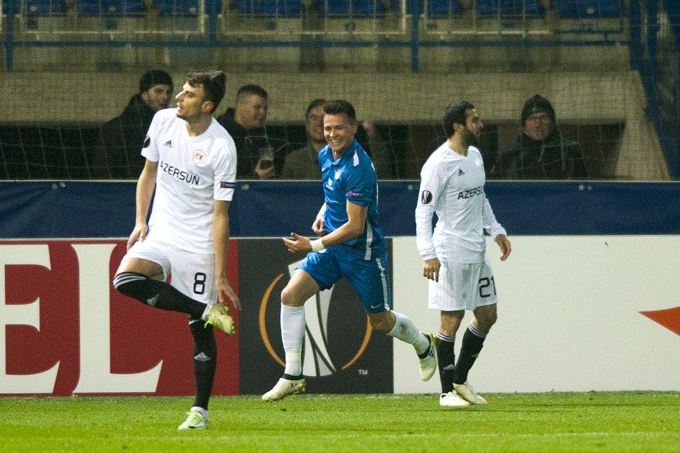 Egon Vůch (v modrém) se raduje z prvního libereckého gólu.