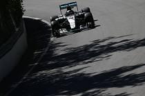 Lewis Hamilton a jeho snažení na okruhu v Kanadě