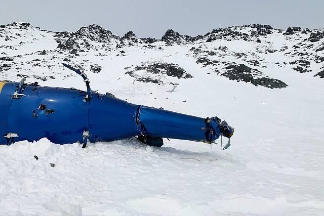 Zřícená helikoptéra na Aljašce, ve které zahynul Petr Kellner.