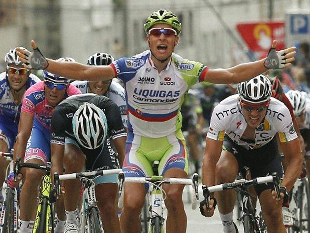 Peter Sagan slaví vítězství ve dvanácté etapě Vuelty.