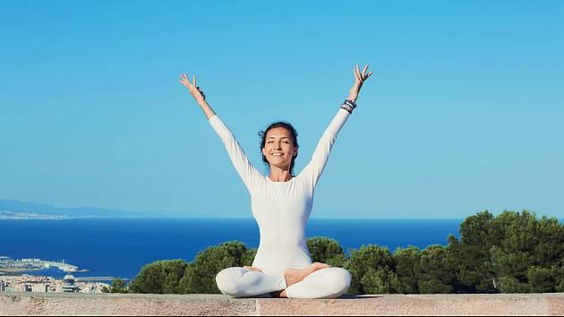 Jóga - zocelí tělo i mysl.