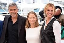 Před pěti lety v Cannes při uvedení filmu Hra peněz S Goergem Clooneym a Julií Roberts