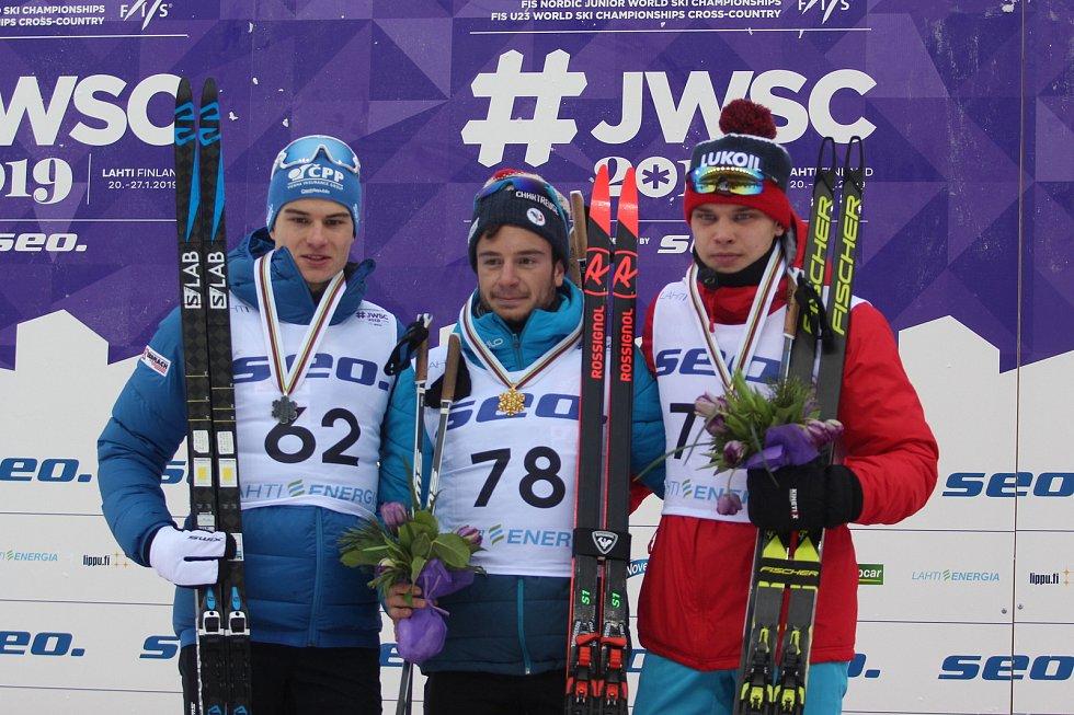 Michal Novák vybojoval na MS juniorů a závodníků do 23 let ve finském Lahti stříbro v závodu na 15 km volnou technikou.