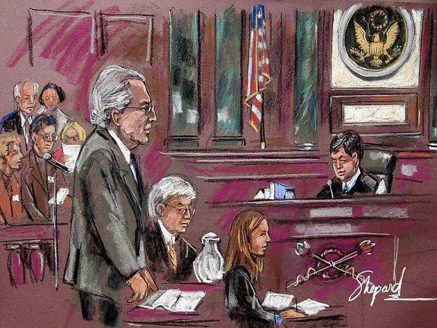 Podvodný finančník Bernard Madoff na kresbě ze soudní síně v New Yorku.