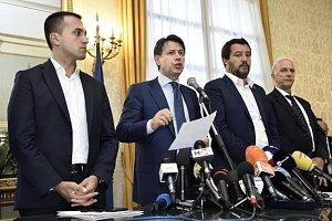 Italský premiér Giuseppe Conte vyhlásil po pádu mostu v Janově výjimečný stav. Ten bude trvat v regionu Ligurie celkem dvanáct měsíců.