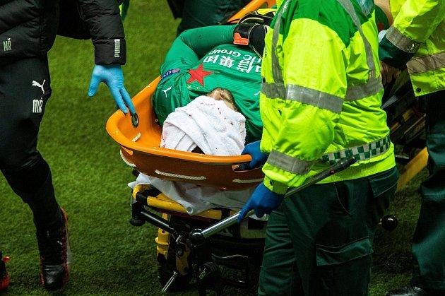 Pro Ondřeje Koláře skončil zápas proti Glasgow Rangers frakturou lebky.