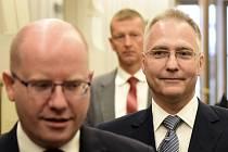 Premiér Bohuslav Sobotka uvedl do funkce nového ředitele Bezpečnostní informační služby (BIS) Michala Koudelku.