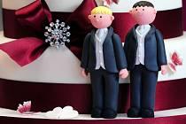 Pekař, který s odkazem na své náboženské cítění odmítne upéct pro homosexuální pár svatební dort, se dopouští diskriminace. Rozhodl o tom dnes odvolací soud v coloradském Denveru.