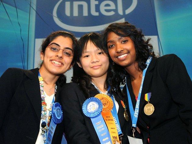 Vítězky největší světové soutěže pro středoškolské vědce INTEL ISEF.