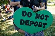 Protesty proti deportacím na amerických hranicích