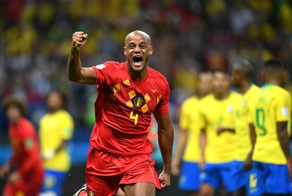 Vincent Kompany se raduje z gólu Belgie.