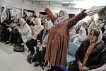 Pozůstalé ženy se radují z rozsudku
