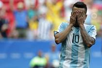 Angel Correa z Argentiny po zahozené šanci.