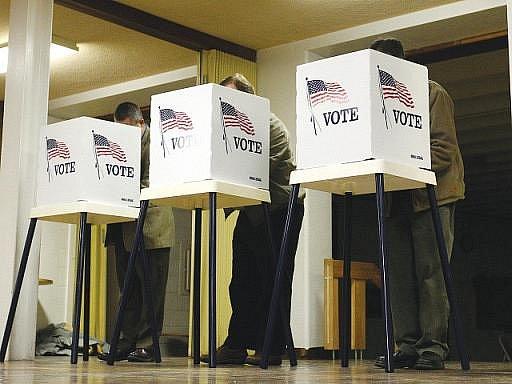 Republikáni v úterních volbách do amerického Kongresu ovládli Sněmovnu reprezentantů. Podle dosavadních výsledků již získali více než 40 křesel, která předtím drželi demokraté.