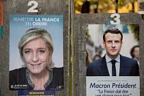 Marine Le Penová a Emanuel Macron, favorité voleb