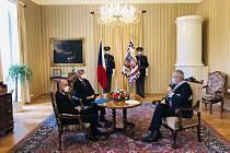Premiér Andrej Babiš, prezident Miloš Zeman a ministr zdravotnictví Jan Blatný