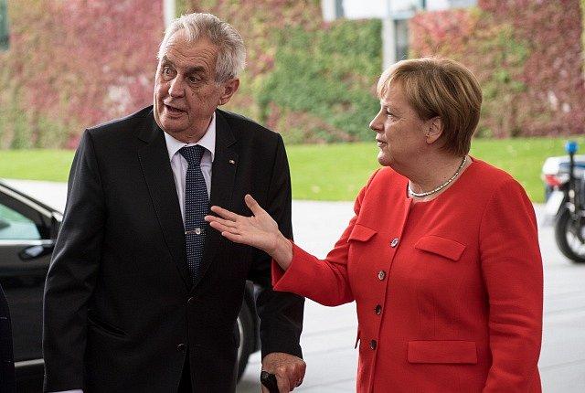 Miloš Zeman a Angela Merkelová.