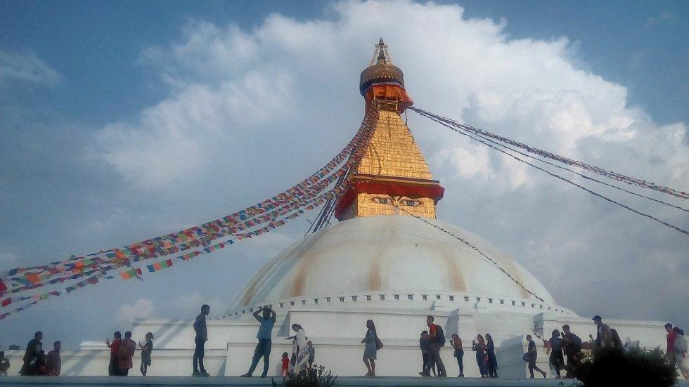 """Boudhanath Stupa """"Jedna s hlavních atrakcí Káthmándú""""."""