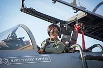 Lashana Lynchová se letos představila v roli pilotky Marie Rambeauové v novém přepisu komiksu Captain Marvel