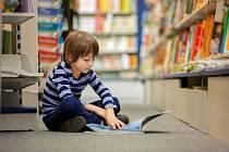 malý čtenář, ilustrační foto