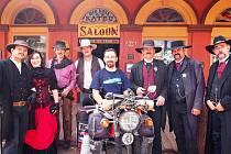 Pavel Suchý na cestě kolem světa - tentokrát v USA v Tombstone.