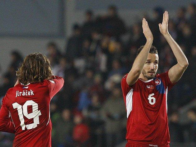 Čeští fotbalisté si zasloužili potlesk. Tomáš Sivok (vpravo).