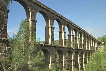 Ilustrační foto, římský akvadukt Tarragona