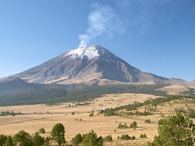 Popocatepetl je jednou z nejnebezpečnějších sopek na Zemi. Ilustrační foto