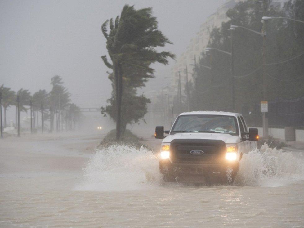 Floridu zasáhl hurikán Irma.