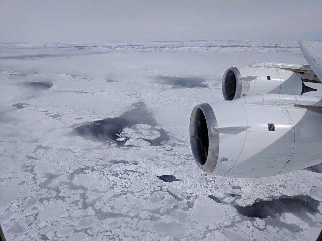 NASA z letadla monitorovala pohyb ledovců ve Weddellově moři