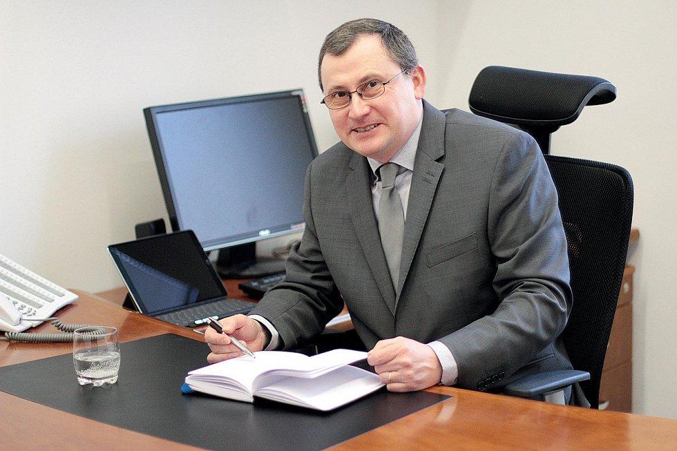 Procházka vám zachrání život, říká doc. Mgr.Tomáš Kašparovský, Ph.D., děkan Přírodovědecké fakulty Masarykovy univerzity vBrně.